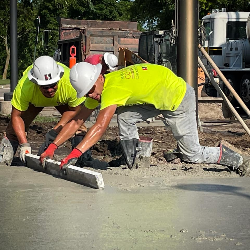 ACI Flatwork Finisher mentoring a Concrete contractors doing a commercial project
